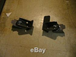 10048 MOTOR MOUNTS for 1941-54 CHEVY CAR with 194 230 250 215 292 CHEVY ENGINE