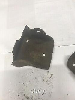 73-87 squarebody CLAM SHELL MOTOR MOUNTS CHEVY truck 305, 350 With Bolts