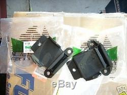 Holden Hk Ht Hg V8 Chevrolet 307 327 350 Pair Genuine Mackay Engine Mounts A1128