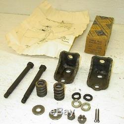 NOS 1937-1946 Chevrolet Chevy Truck Utility Rear Motor Mount Kit 1 Ton 1 1/2 Ton