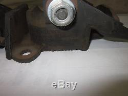 NOS GM 1958-69 Chevy Camaro Chevelle Nova Impala 283 327 Motor Mounts 3990914