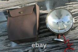Vintage 12 volt magnet mount light lamp with pouch auto service